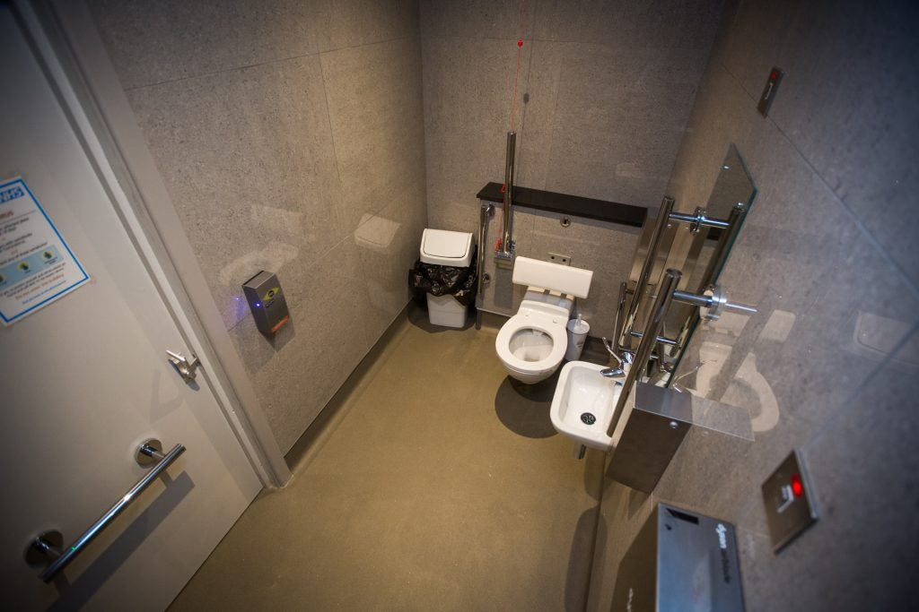 Talking toilet at The Bowgie